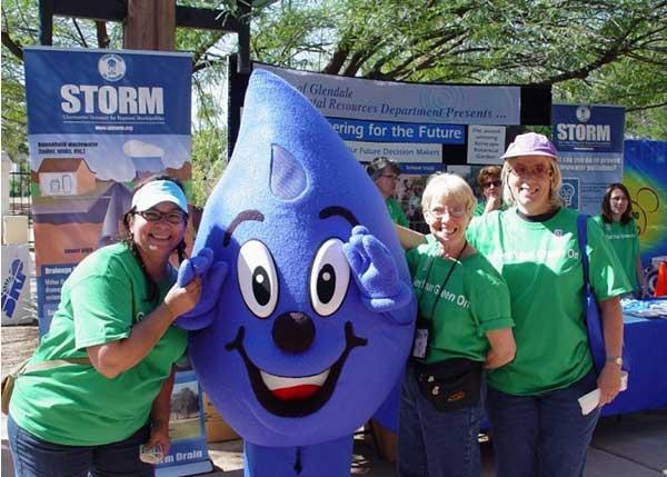 Wayne Drop Water Drop Mascot With Female Fans